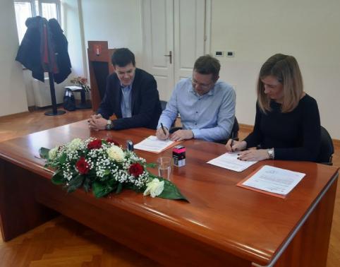 Potpisan ugovor s općinom Omišalj: potpuna transparentnost proračuna postaje mjerilo kvalitete rada vlasti.